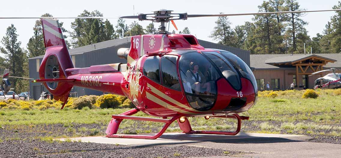 Lety helikoptérou nad Grand Canyonem