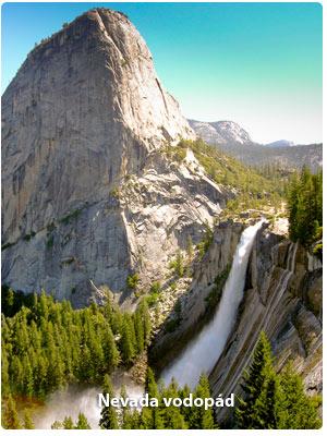 Nevada vodopád v Yosemite