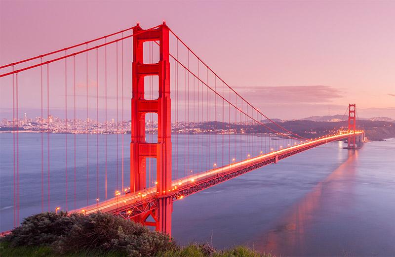 Golden Gate Bridge v San Francisku