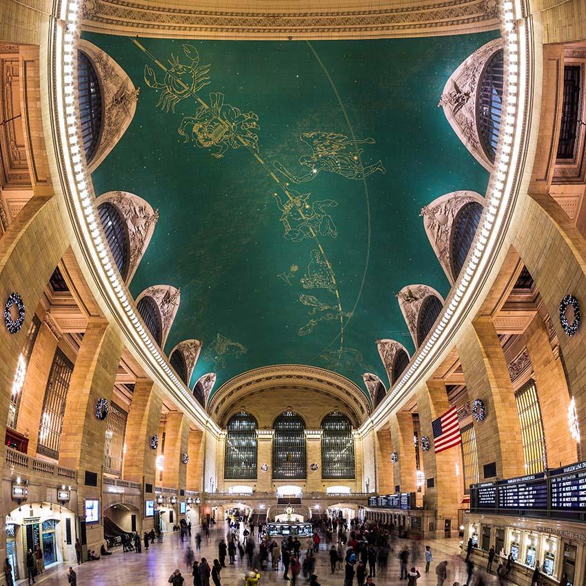 Strop s hvězdnou oblohou v Grand Central Terminal